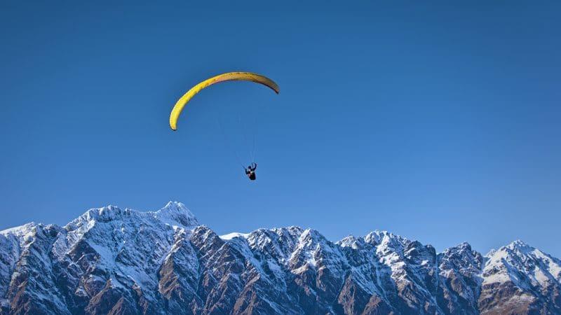 Où faire du saut en parachute près de Lyon ?